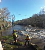 Sauveteurs BNSSA en surveillance poste de secours eaux vives canöe-kayak mortagnes sur sèvre